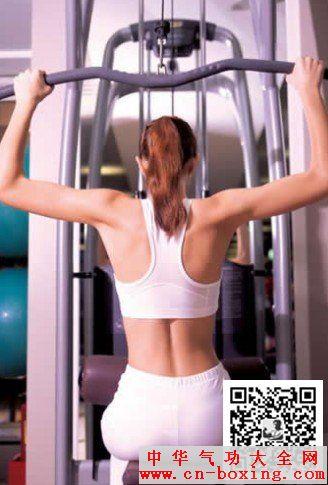 健身房女性运动新手必读本