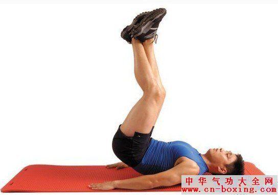 拉力器夹胸,这些动作都是锻炼上胸部肌肉